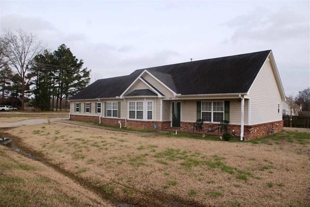 Residential/Single Family - Atoka, TN (photo 2)