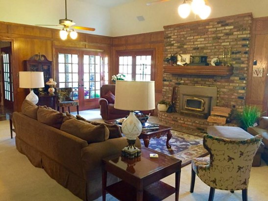Residential/Single Family - Summit, MS (photo 2)