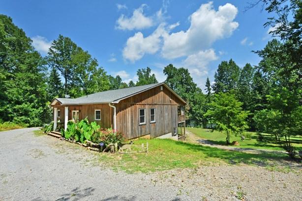 Residential/Single Family - Benton, TN (photo 2)