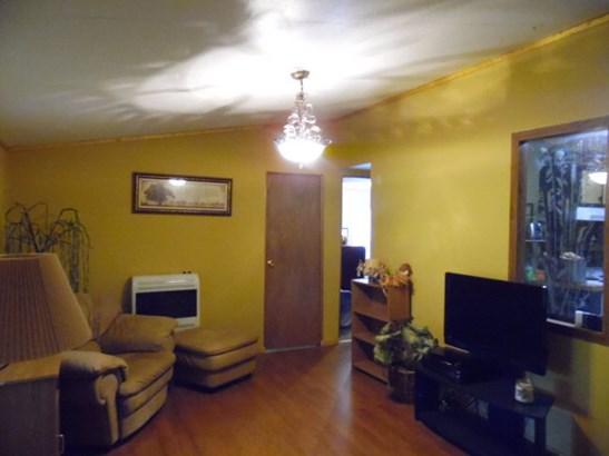 Residential/Single Family - QUEBECK, TN (photo 1)