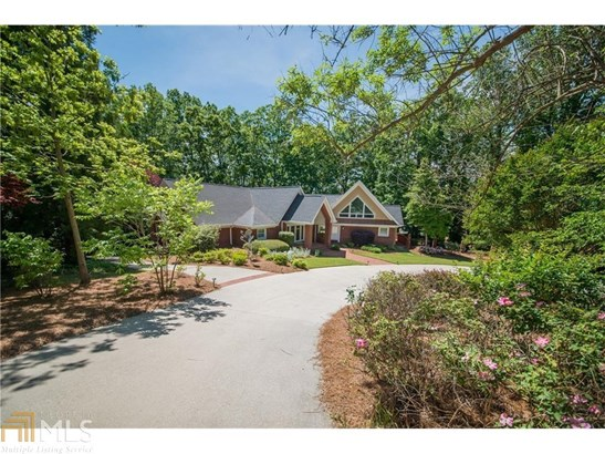 Residential/Single Family - Gainesville, GA (photo 2)