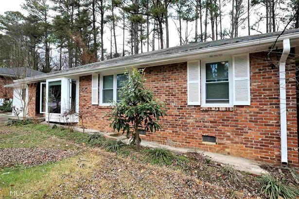 Residential/Single Family - Chamblee, GA (photo 2)