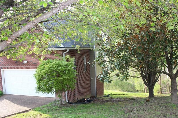 Residential/Single Family - Kingston Springs, TN (photo 4)
