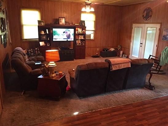 Residential/Single Family - Scotts Hill, TN (photo 4)
