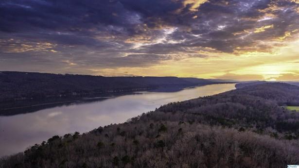 Residential/Single Family - Scottsboro, AL