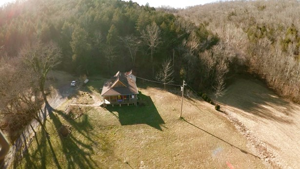 Residential/Single Family - Liberty, TN (photo 2)