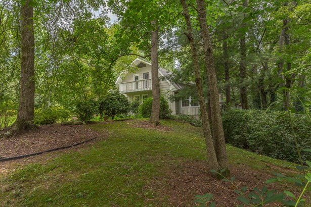 Residential/Single Family - Tunnel Hill, GA (photo 4)