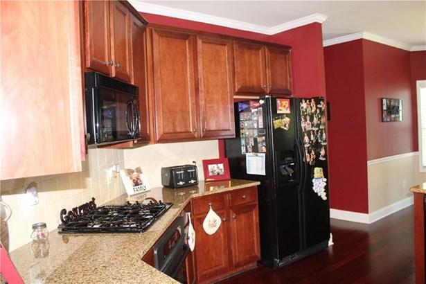 Residential/Single Family - Dacula, GA (photo 5)