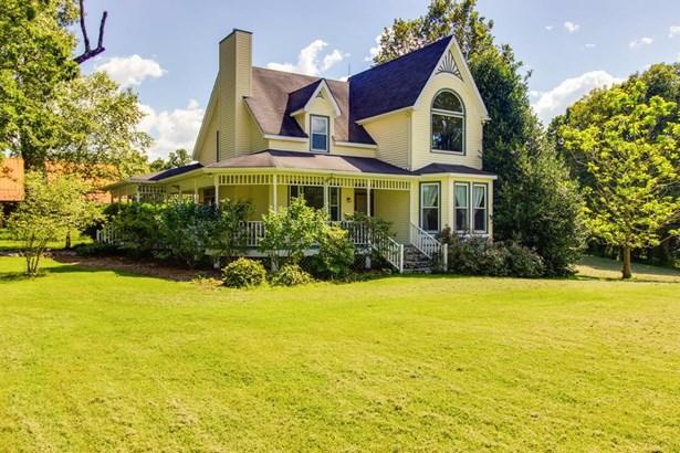 Residential/Single Family - Primm Springs, TN (photo 1)