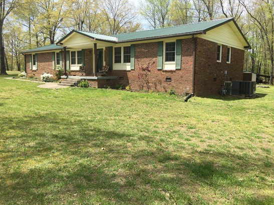 Residential/Single Family - New Johnsonville, TN (photo 1)