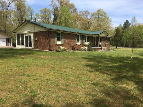 Residential/Single Family - New Johnsonville, TN (photo 4)