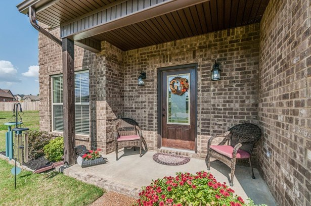 Residential/Single Family - La Vergne, TN (photo 4)