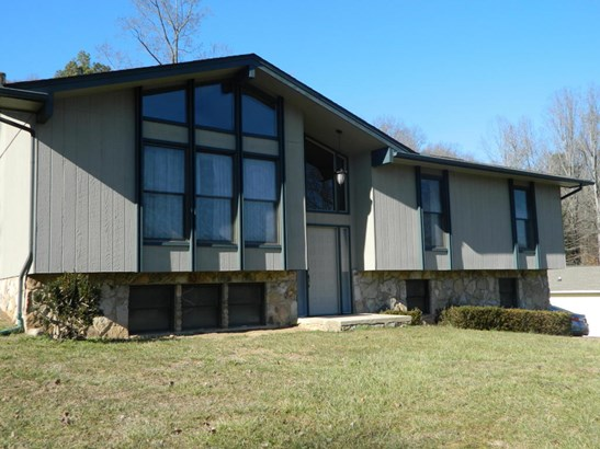 Residential/Single Family - Oliver Springs, TN (photo 1)