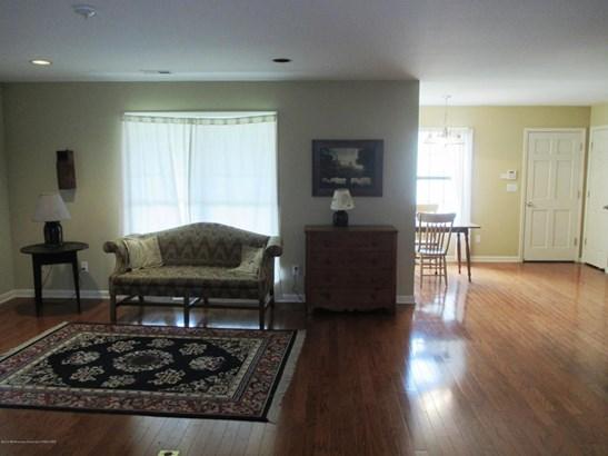 Residential/Single Family - Byhalia, MS (photo 2)