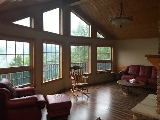 Residential/Single Family - Hilham, TN (photo 2)