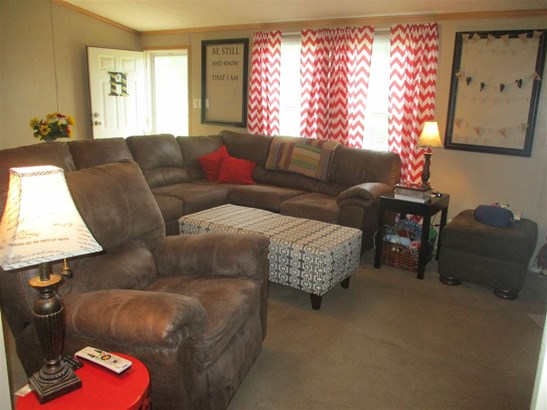 Residential/Single Family - Oldfort, TN (photo 4)