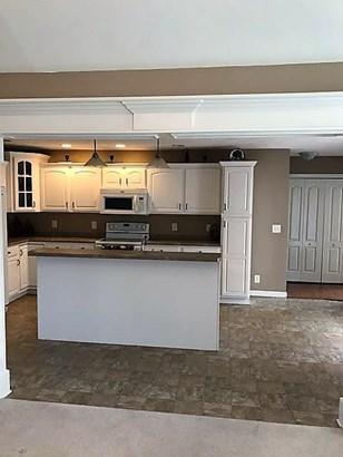 Residential/Single Family - Clarksville, TN (photo 4)