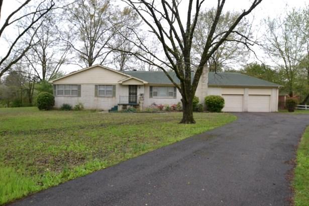 Residential/Single Family - Piperton, TN (photo 1)