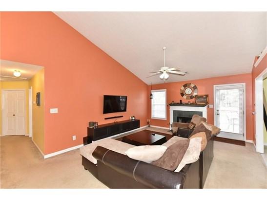 Residential/Single Family - Lawrenceville, GA (photo 4)