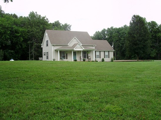 Residential/Single Family - Lawrenceburg, TN (photo 2)