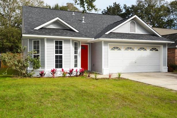 Residential/Single Family - Niceville, FL (photo 1)