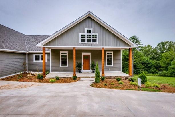 Residential/Single Family - DOYLE, TN (photo 1)