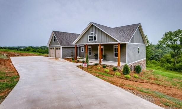 Residential/Single Family - DOYLE, TN (photo 2)