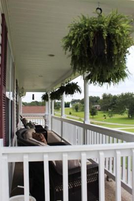 Residential/Single Family - Bon Aqua, TN (photo 2)