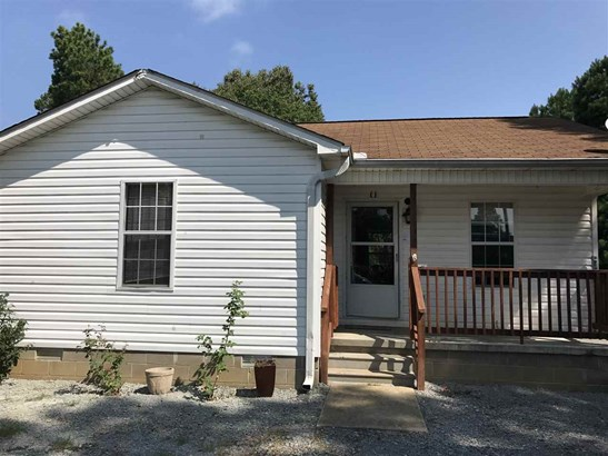 Residential/Single Family - Scotts Hill, TN (photo 1)
