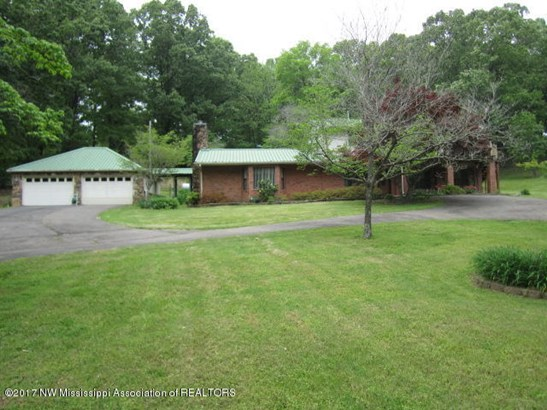 Residential/Single Family - Holly Springs, MS (photo 3)