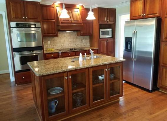 Residential/Single Family - Tellico Plains, TN (photo 2)