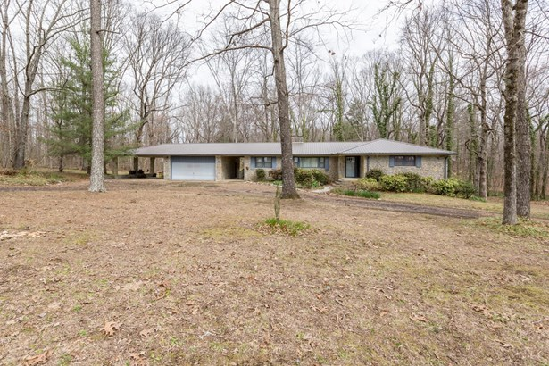 Residential/Single Family - Fayetteville, TN (photo 1)