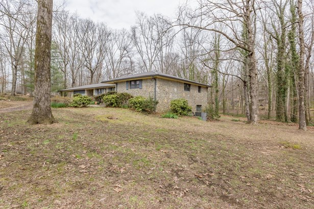 Residential/Single Family - Fayetteville, TN (photo 2)