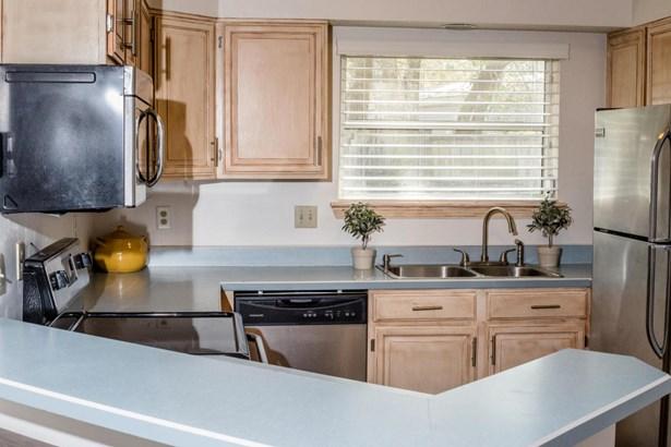 Residential/Single Family - Fort Walton Beach, FL (photo 5)