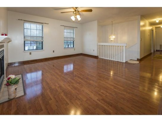 Residential/Single Family - Johnson City, TN (photo 4)