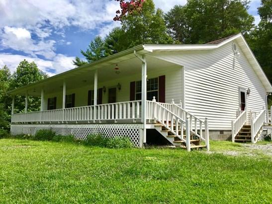 Residential/Single Family - Tallassee, TN (photo 1)