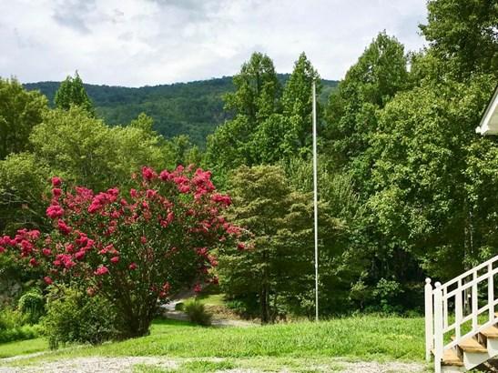 Residential/Single Family - Tallassee, TN (photo 5)