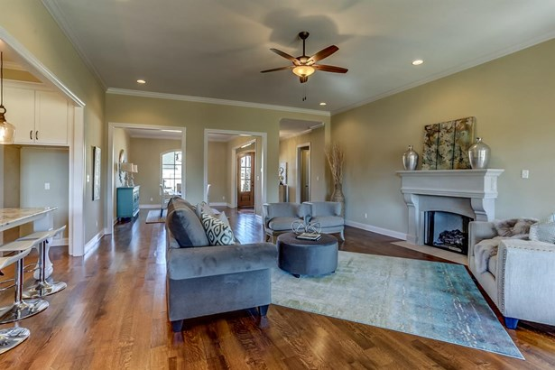 Residential/Single Family - Collierville, TN (photo 5)