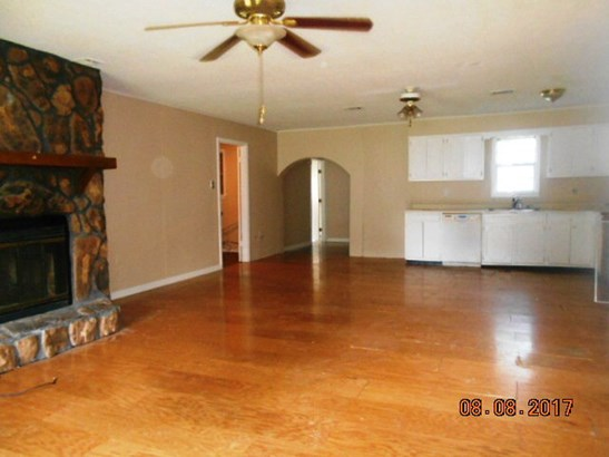 Residential/Single Family - West Helena, AR (photo 2)