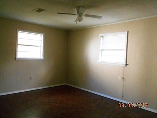 Residential/Single Family - West Helena, AR (photo 5)