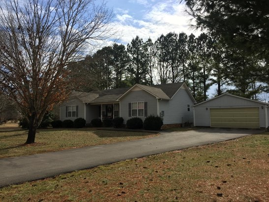 Residential/Single Family - Lawrenceburg, TN (photo 2)