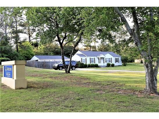 Residential/Single Family - Flowery Branch, GA (photo 2)