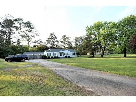 Residential/Single Family - Flowery Branch, GA (photo 3)