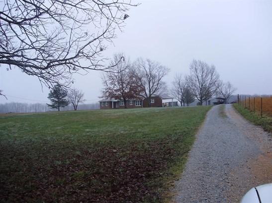 Residential/Single Family - Summertown, TN (photo 2)