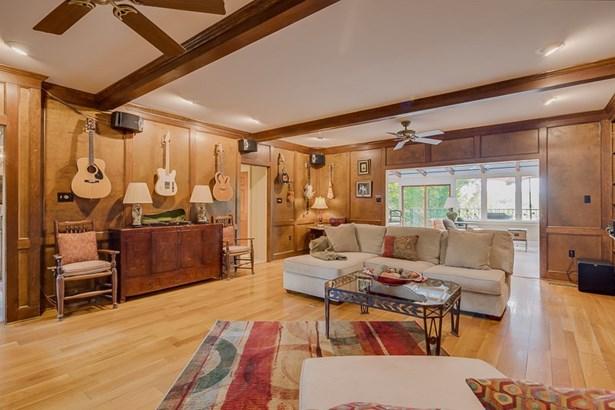 Residential/Single Family - Eads, TN (photo 5)