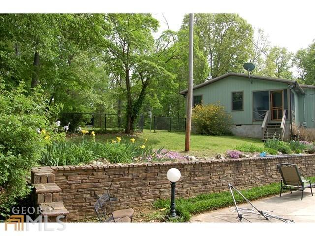Residential/Single Family - Rock Spring, GA (photo 2)