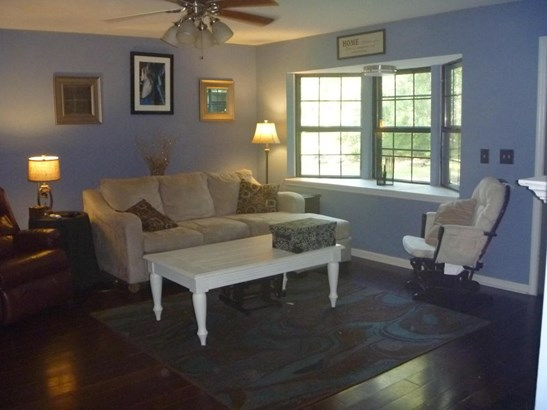 Residential/Single Family - Rock Spring, GA (photo 4)