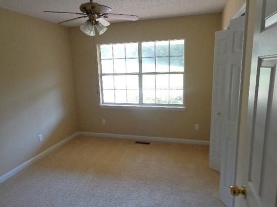 Residential/Single Family - Harrison, TN (photo 4)