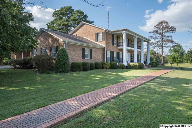 Residential/Single Family - Russellville, AL (photo 1)