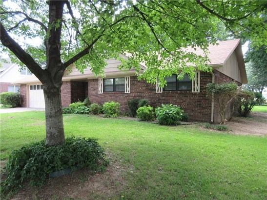 Residential/Single Family - Lowell, AR (photo 4)